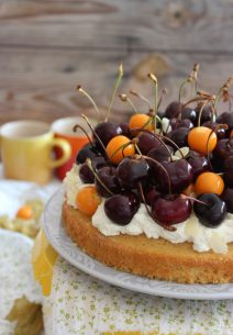 Cake de Vainilla, Almendra y Cerezas