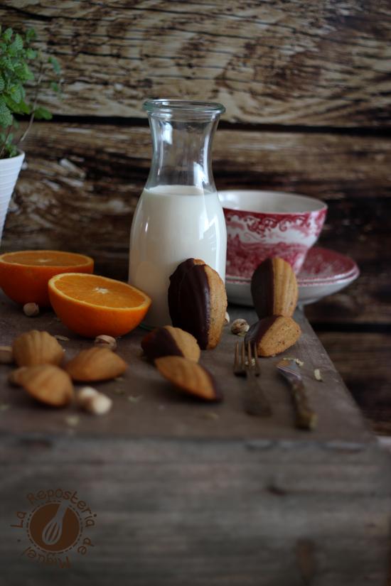 Madeleines de Naranja, Pistacho y Cardamomo