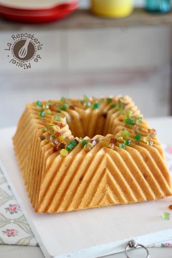 Panettone Bundt Cake