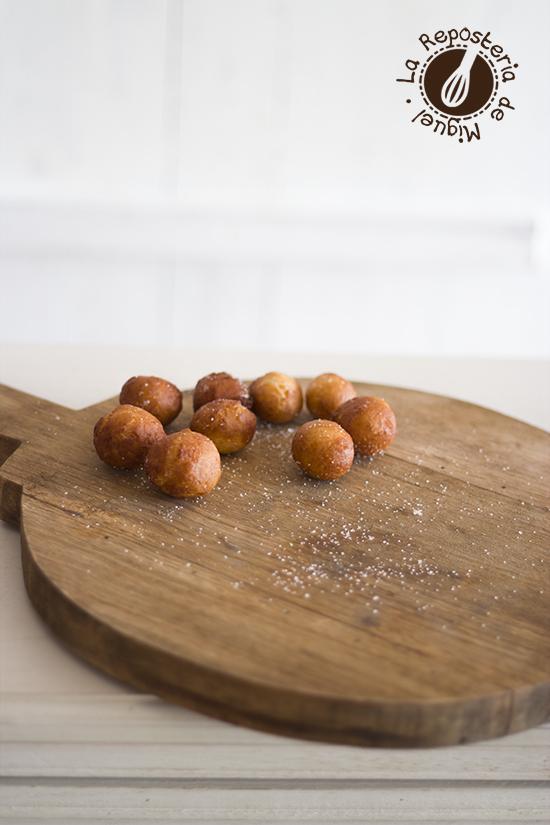Doughnuts de Queso Crema y Caramelo