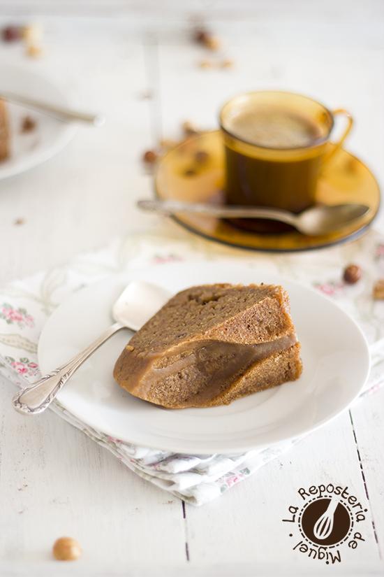 Bundt Cake de Avellanas y Café