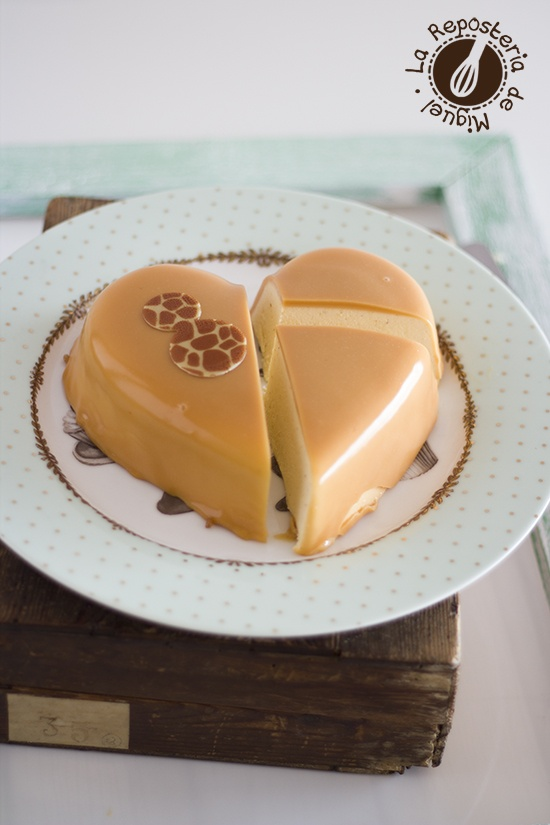 Mousse de Palomitas con Glaseado de Caramelo