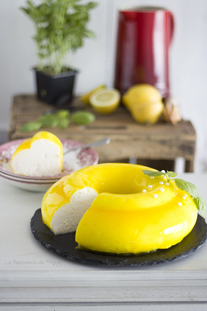 Mousse de Limón y Albahaca