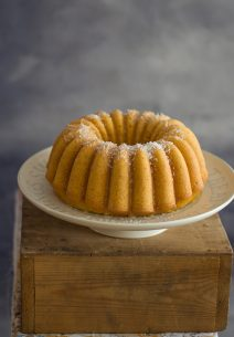 Bundt Cake de Azafran y Coco