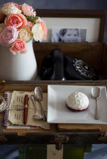 Panna Cotta de Yogurt Griego y Fresas