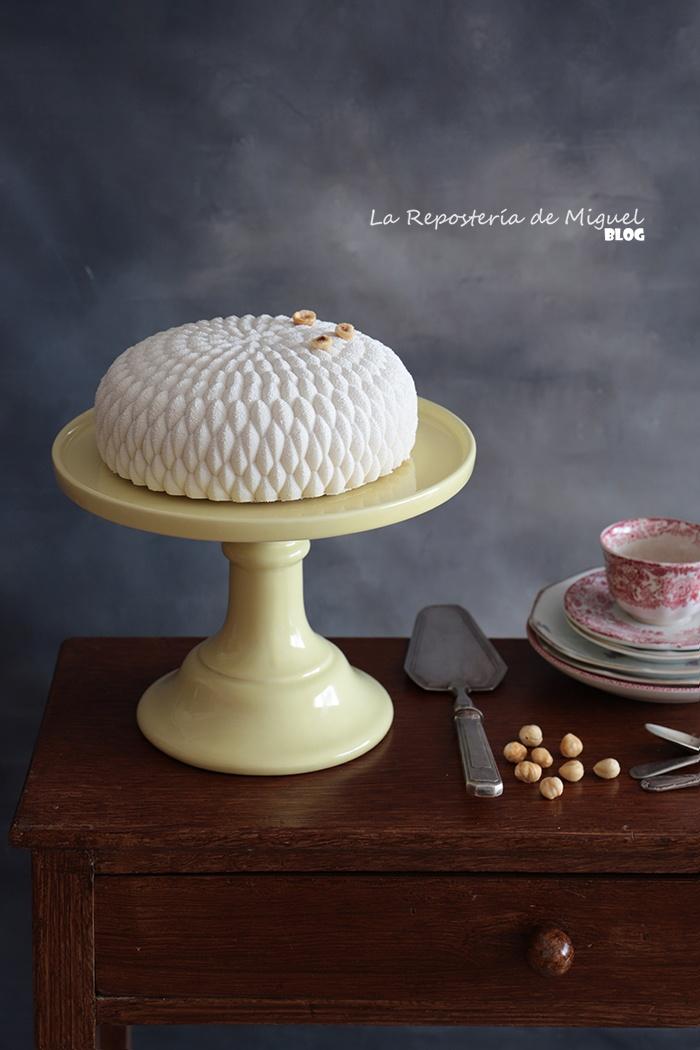 Saint Honoré Mousse Cake