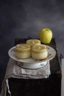 Crema de Vainilla con Compota de Manzana