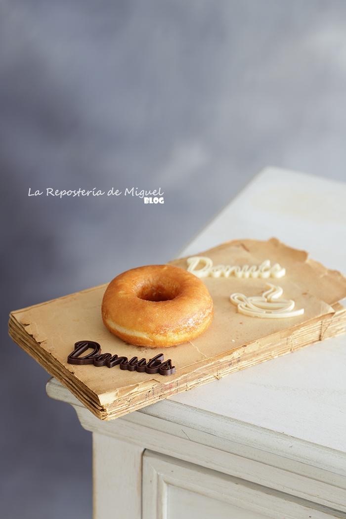 Donuts con glaseado de praliné de avellanas