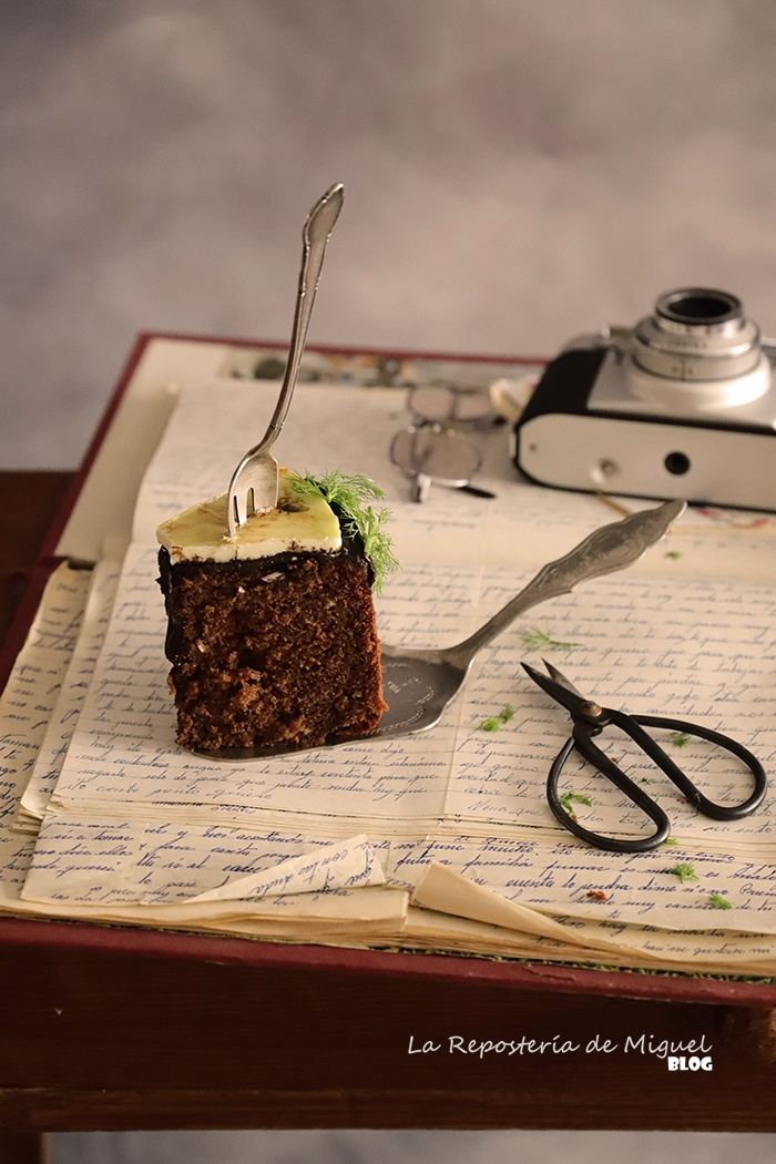 Cake de chocolate e hinojo