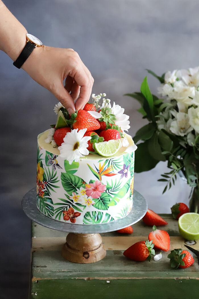 Layer cake de fresa y lima